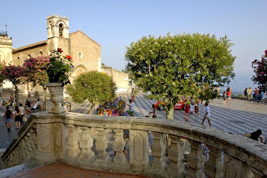 Vacances pas ch res italie catane s jour derni re minute a roport lille lesquin - Office de tourisme sicile ...